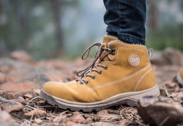 merk sepatu safety